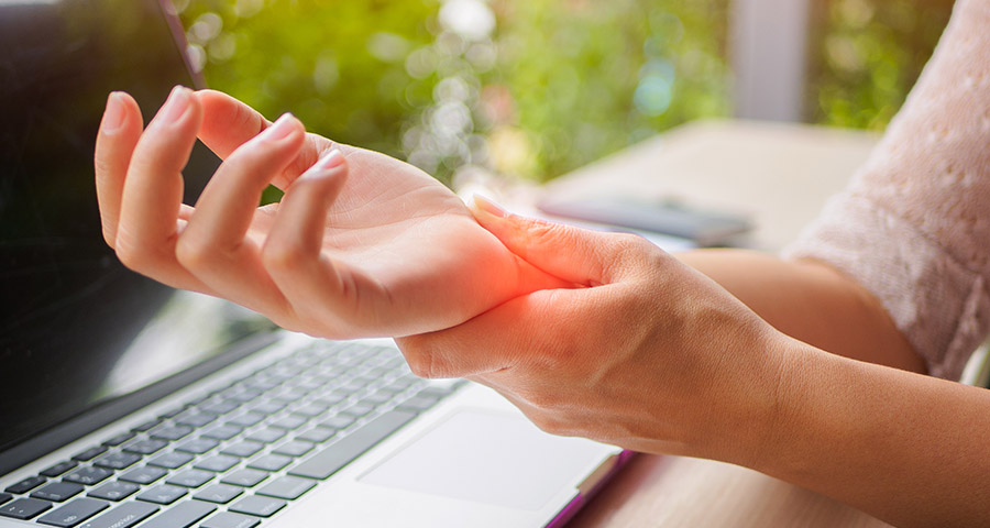Top 7 Symptoms of Carpal Tunnel Syndrome
